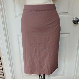 Elastic stretch pencil skirt